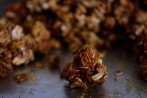 the maple syrup that cooked on the bottom of the pan makes the granola crunchy